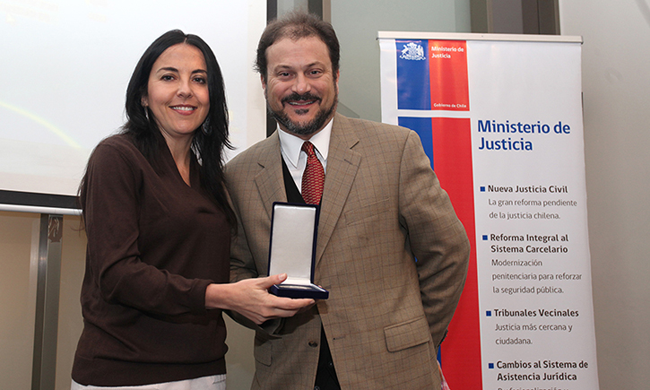 Professor James M. Cooper and Chile's Minister of Justice Patricia Pérez Goldberg