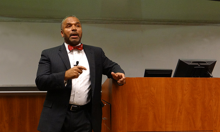 Spring Diversity Speaker Professor Bryan K. Fair of the University of Alabama Law School