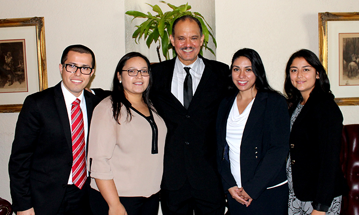 Attorney Russell Jauregui with La Raza Law Students Association officers Luis M.Gonzelez, Marisol Ornelas, Priscilla Gamino, and Marisol C. Swadener